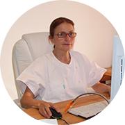 Bild der Heilpraktikerin Frau Dr. Diane Zardini in Ihrer Praxis für Naturheilkunde in Garmisch-Partenkirchen.